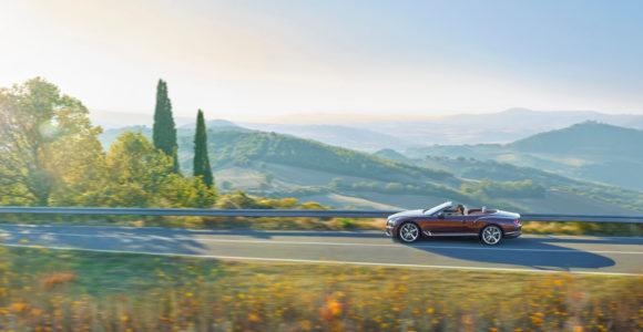 Naujasis Continental GTC kabrioletas
